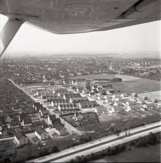 ARH NL Koberg 1648, Stadtgebiet und Autobahn, Lehrte, 1970