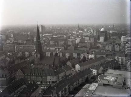 ARH NL Koberg 167, Blick von der Marktkirche auf die Kreuzkirche, Hannover, 1965