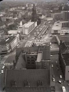 ARH NL Koberg 169, Blick von der Marktkirche auf die Marktstraße und die Aegidienkirche, Hannover, 1965