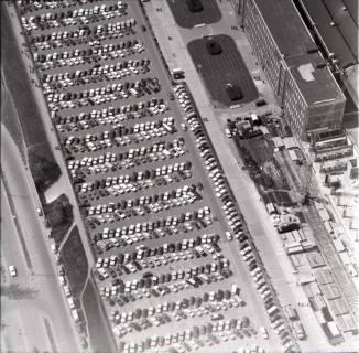 ARH NL Koberg 1709, Parkplatz VW Werk, Stöcken, 1971
