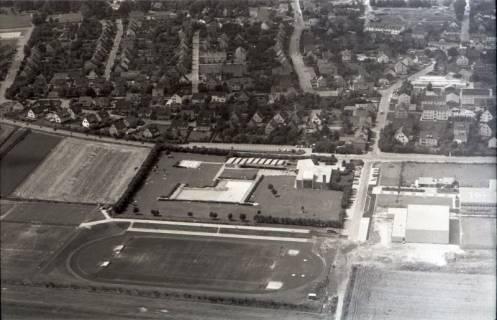 ARH NL Koberg 1726, Sportplatz und Freibad, Gehrden, 1971