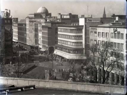 ARH NL Koberg 174, Blick von der Oper auf Kröpcke und Georgstraße, Hannover, wohl 1955
