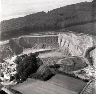 ARH NL Koberg 1834, Steinbruch über Rehren am Wesergebirge, 1971