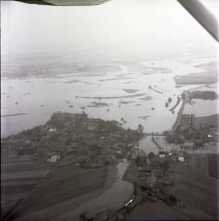 ARH NL Koberg 2227, Leinehochwasser, Neustadt a. Rbge., 1970