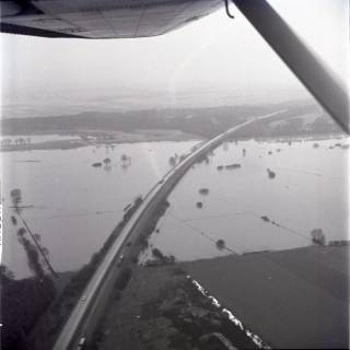 ARH NL Koberg 2235, Leinehochwasser, Seelze, 1970