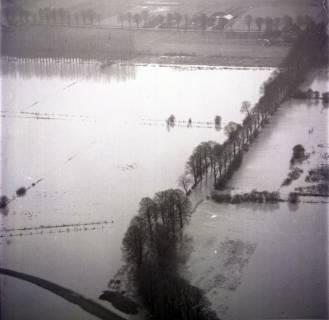 ARH NL Koberg 2275, Leinehochwasser, überschwemmte Straßen bei Schloß Ricklingen, Bordenau und Neustadt a. Rbge., 1970