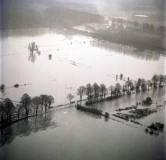 ARH NL Koberg 2276, Leinehochwasser, überschwemmte Straßen bei Schloß Ricklingen, Bordenau und Neustadt a. Rbge., 1970