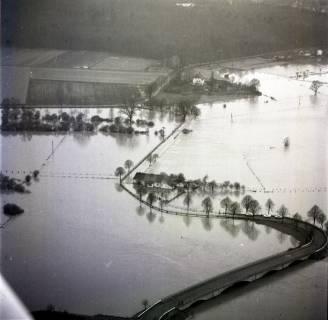 ARH NL Koberg 2281, Leinehochwasser, überschwemmte Straßen bei Schloß Ricklingen, Bordenau und Neustadt a. Rbge., 1970