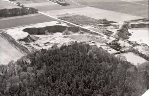 ARH NL Koberg 2441, Kiesabbau, Brelingen, 1974