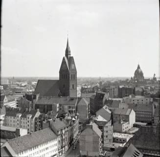 ARH NL Koberg 2480, Blick von der Kreuzkirche auf die Marktkirche, Hannover, 1962