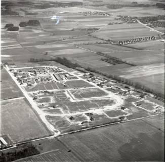 ARH NL Koberg 2506, Beginn der Bautätigkeit, Blick von Nordwesten, Gartenstadt Lohne, 1974