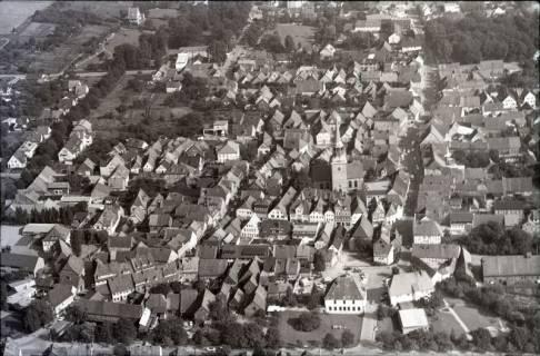 ARH NL Koberg 2529,  Stadtansicht mit Kirche, Bad Münder, 1972