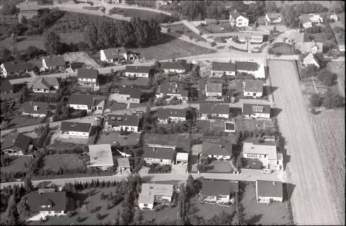 ARH NL Koberg 2545, Neubausiedlung von Einfamilienhäusern, Nienstedt, 1972