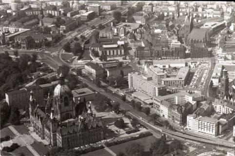 ARH NL Koberg 2623, Leineschloss, Marktkirche und Rathaus, Hannover, 1971