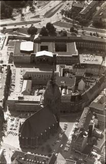 ARH NL Koberg 2631, Leineschloss und, Marktkirche, Hannover, 1971