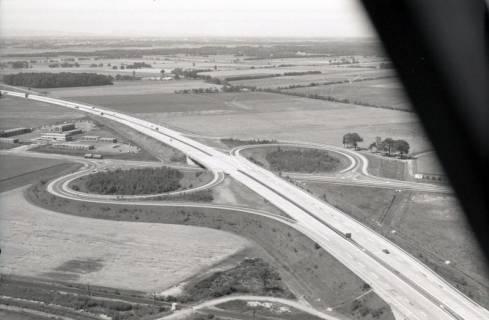 ARH NL Koberg 2774, Autobahnabfahrt Kiebitzkrug, Langenhagen, 1976