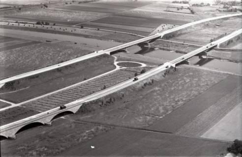 ARH NL Koberg 2903, Autobahn über die Weser, Vlotho, 1960