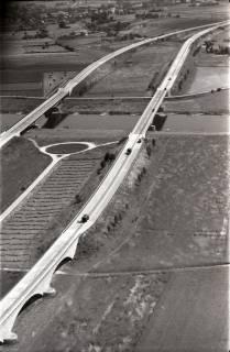 ARH NL Koberg 2904, Autobahn über die Weser, Vlotho, 1960