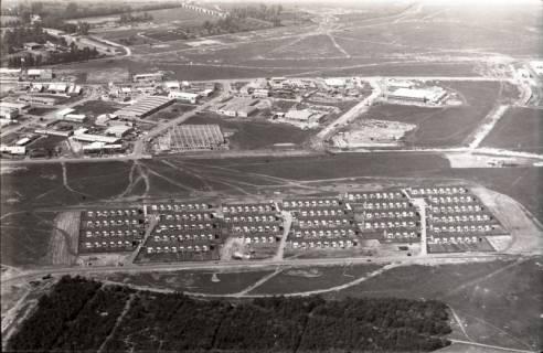 ARH NL Koberg 2972, Gewerbegebiet und Neubausiedlung an der Weimarer Allee, Vahrenheide, 1960