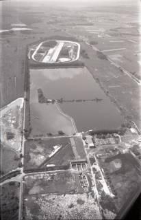 ARH NL Koberg 2995, Teststrecke und Teich auf dem Geländes des VW-Werkes, Wolfsburg, 1960