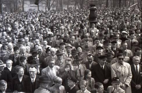 ARH NL Koberg 3037, Maikundgebung des DGB auf dem Klagesmarkt, Hannover, 1952