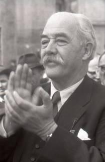 ARH NL Koberg 3039, Maikundgebung des DGB mit Ministerpräsident Kopf auf dem Klagesmarkt, Hannover, 1952
