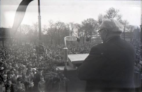 ARH NL Koberg 3042, Maikundgebung des DGB mit Ministerpräsident Kopf auf dem Klagesmarkt, Hannover, 1952