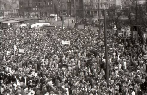 ARH NL Koberg 3047, Maikundgebung des DGB auf dem Klagesmarkt, Hannover, 1952