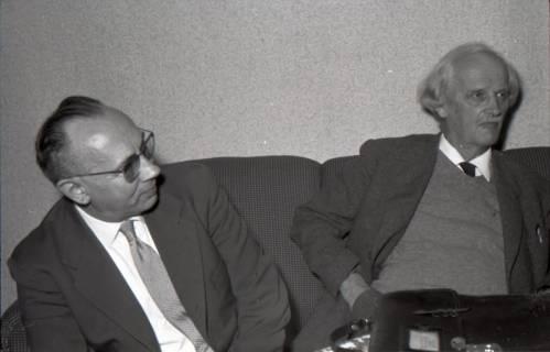 ARH NL Koberg 3052, rechts Prof. Picard, Hannover, 1949