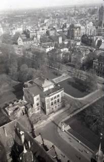 ARH NL Koberg 354, Blick vom Rathausturm auf das zerstörte Hannover, zwischen 1948/1949