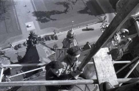 ARH NL Koberg 372, Reparatur des Rathausturmes, zwischen 1948/1949