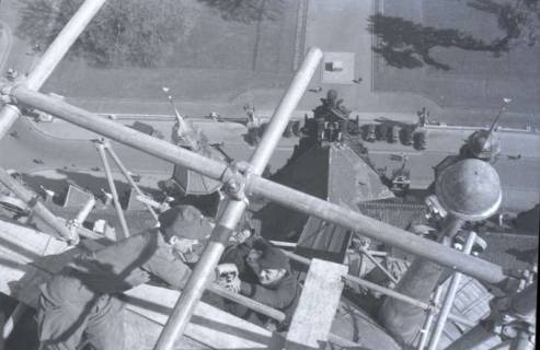 ARH NL Koberg 377, Reparatur des Rathausturmes, zwischen 1948/1949