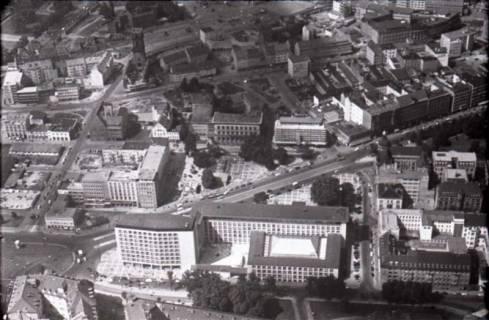 ARH NL Koberg 447, Georgsplatz und im Vordergrund Gebäude der NORD/LB, Hannover, 1957