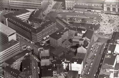 ARH NL Koberg 508, Hauptbahnhof mit Ernst-August-Platz und Bahnhofstraße, Hannover, 1965