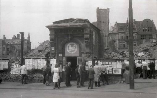 ARH NL Koberg 673, Tausch- bzw. Anschlagtafeln am Steintor, Hannover, 1945