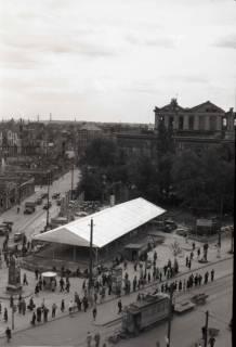 ARH NL Koberg 683, Provisorisches Zeltkaffee auf dem Gelände des Café Kröpcke, Hannover, 1948