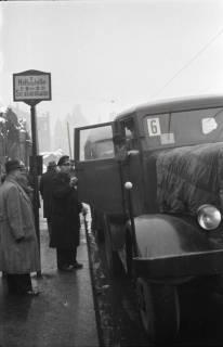 ARH NL Koberg 689, Notverkehr der Behelfsstraßenbahn in der Podbielskistraße, Hannover, 1946