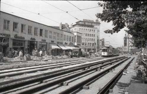 ARH NL Koberg 706, Reparatur der Straßenbahngleise am Kröpcke, Hannover, nach 1949