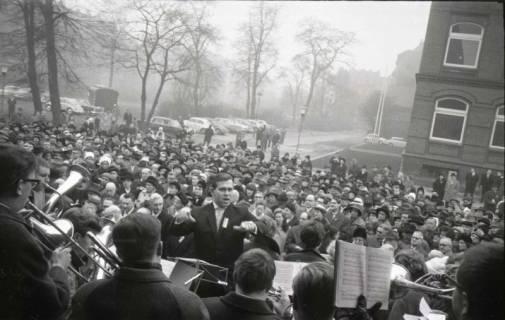 ARH NL Koberg 808, Einweihung der Gerhard-Uhlhorn-Kirche, Linden, 1964