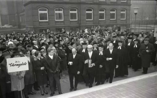 ARH NL Koberg 811, Einweihung der Gerhard-Uhlhorn-Kirche, Linden, 1964