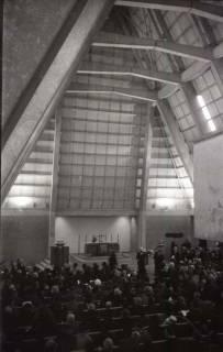 ARH NL Koberg 813, Einweihung der Gerhard-Uhlhorn-Kirche, Linden, 1964