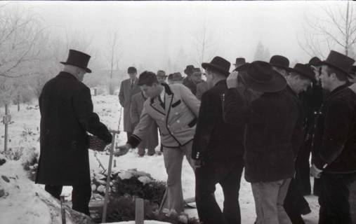 ARH NL Koberg 830, Rituelle Beisetzung eines Zimmermannes, 1964