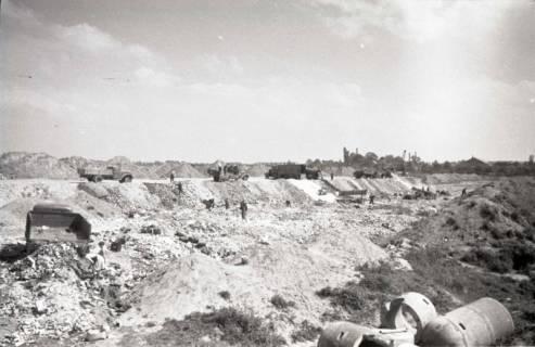 ARH NL Koberg 856, Trümmerschüttung für den Bau des Niedersachsenstadions, Hannover, 1952