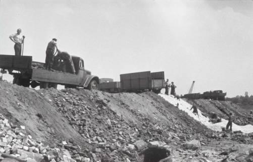 ARH NL Koberg 859, Trümmerschüttung für den Bau des Niedersachsenstadions, Hannover, 1952