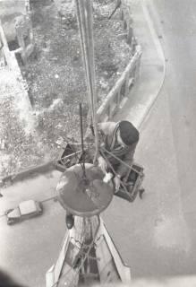 ARH NL Koberg 867, Reparatur der Apostelkirche am Welfenplatz, Hannover, 1952