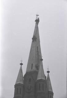 ARH NL Koberg 871, Reparatur der Apostelkirche am Welfenplatz, Hannover, 1952