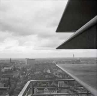 ARH NL Koberg 896, Blick vom Heizkraftwerk Linden auf Altlinden, Hannover, 1963