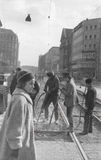 ARH NL Koberg 926, Straßenbahngleisarbeiten in der Georgstraße, Hannover, 1971