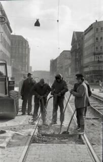 ARH NL Koberg 927, Straßenbahngleisarbeiten in der Georgstraße, Hannover, 1971