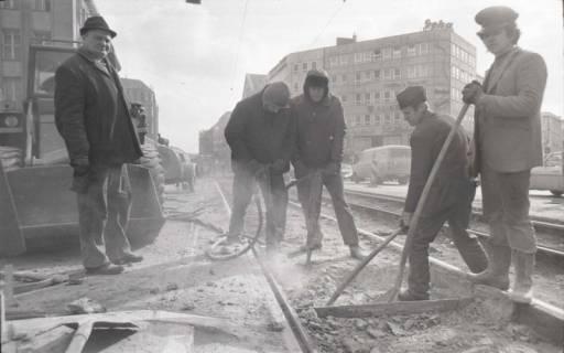 ARH NL Koberg 929, Straßenbahngleisarbeiten in der Georgstraße, Hannover, 1971